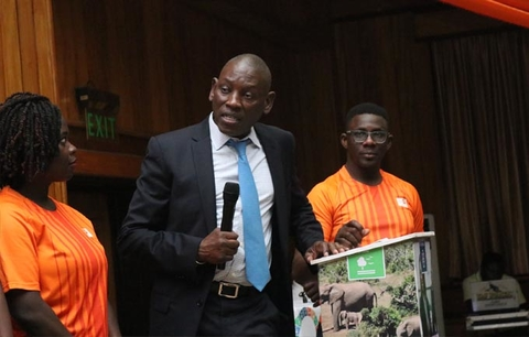 Regional Director UNFPA WCARO, Mabingue Ngom, addressing the Youth Fellows