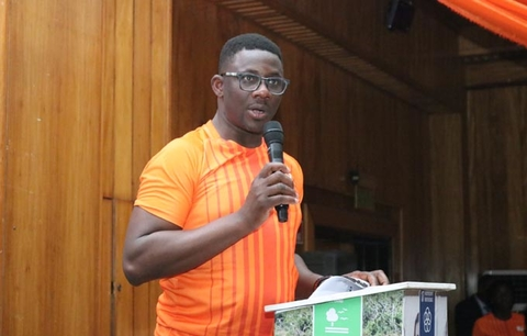 UNFPA Ghana Country Rep, Niyi Ojuolape, addresses the audience about the Youth Leaders Fellowship Program