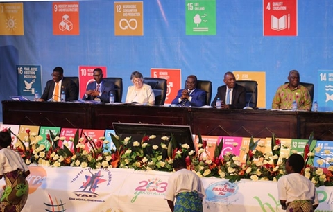 R-L: SA to the President of Ghana on SDGs, Dr. Eugene Owusu, UNFPA's Regional Director, Mabingue Ngom, Ghana's Minister for Planning, Prof. Gyan Baffour, UN Resident Coordinator, Ms. Christine Evans-Klock, and UNFPA's Country Representative, Niyi Ojuolape